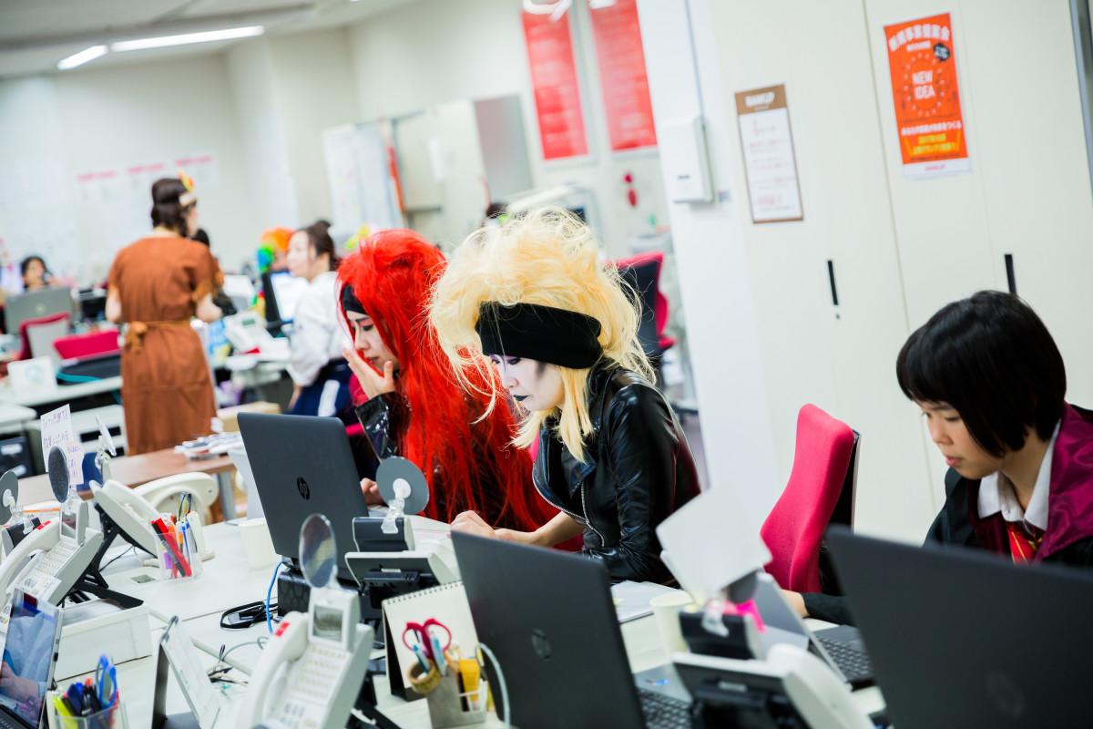 MAKOTO TOCHIKUBOの撮影したX JAPANのハロウィン仮装写真