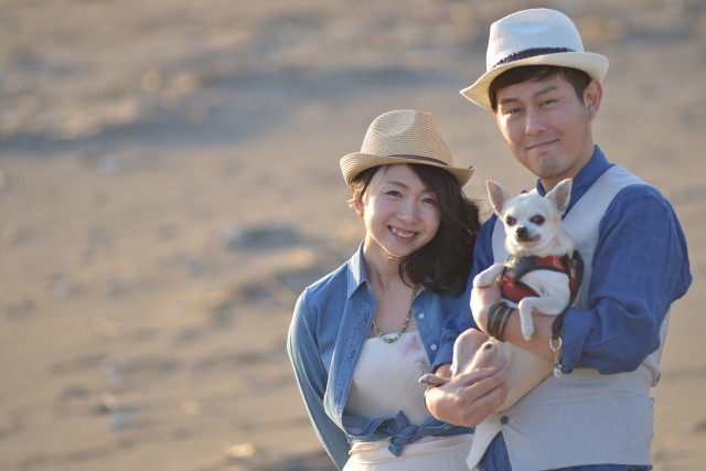 Couple and their dog — Hokkaido Location Photo Wedding
