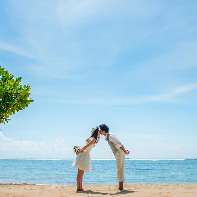STUDIO BLUE by Like us, Baliが撮影した海外ハネムーンでのフォトウェディング写真