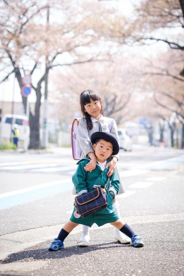 アトリエ エピカ/清水 一哉が出張撮影した小学校入学式の記念写真