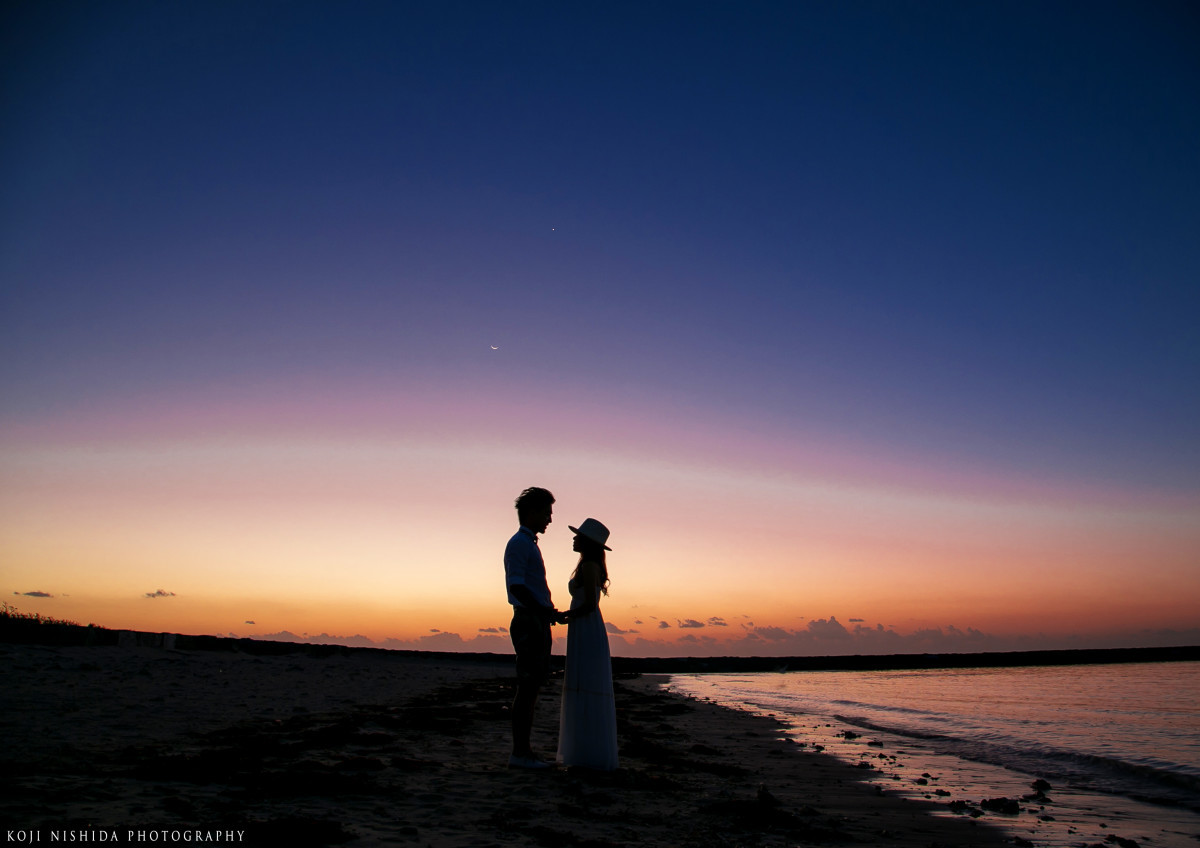 Koji Nishida Photographyが撮った沖縄ビーチのウェディングフォト