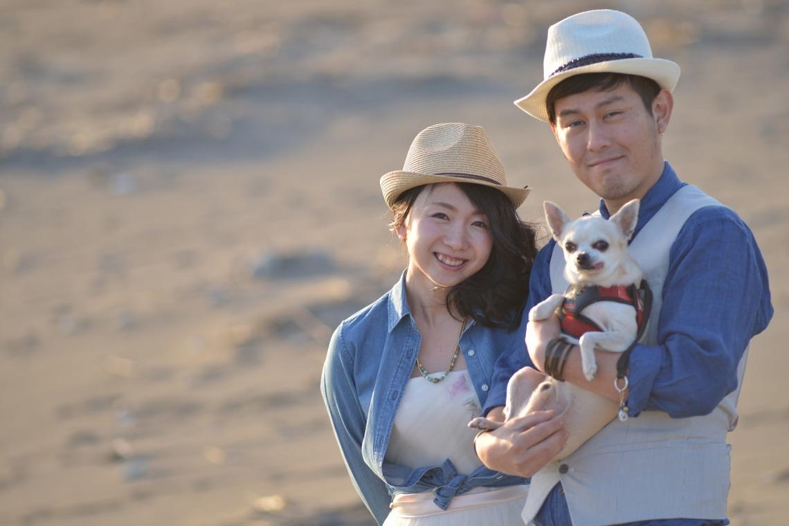 Couple and their dog — Hokkaido Location Photo Wedding