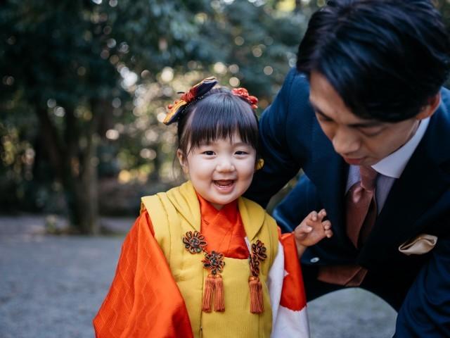 YURI UEMURAが神社で撮影した七五三のロケーション写真(エミリィ)