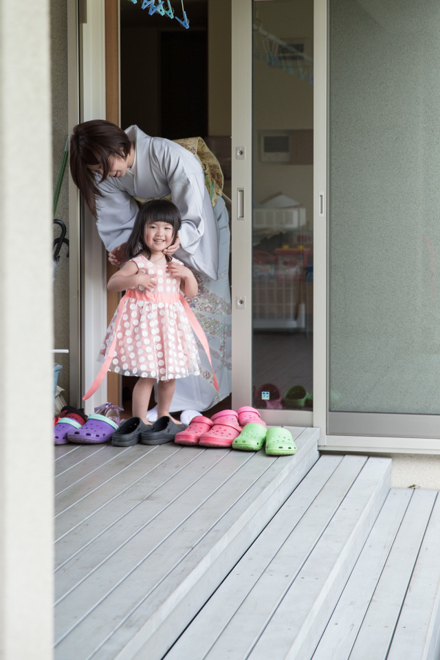midica photographyの撮ったプリンセス風ドレスでの出張撮影・七五三写真(3歳女の子)