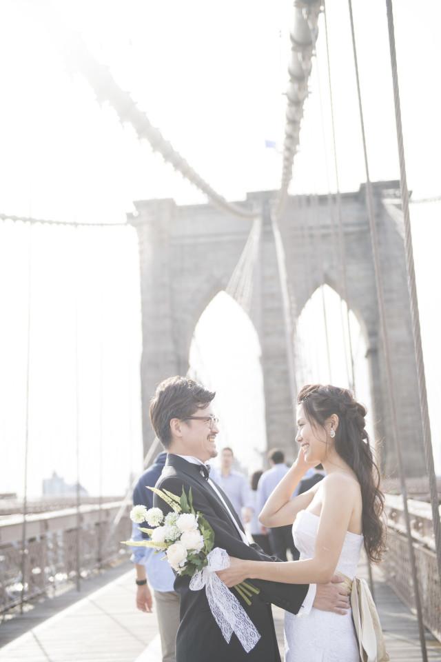 ニューヨークで撮影した前撮りウェディングフォト
